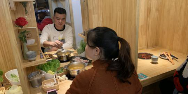 """Chinese youth opens """"Encounter Restaurant"""" creating new social mode"""