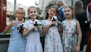 Pandas witness friendship between Chinese, Russian people