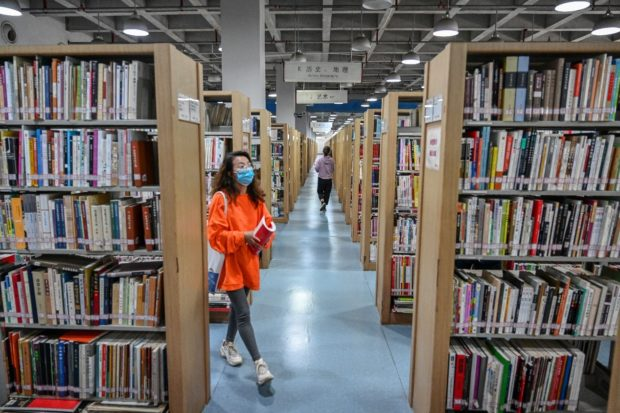 Migrant worker's farewell letter to library finds him new job