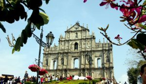 Macao enjoys great prosperity, gears up for brighter future