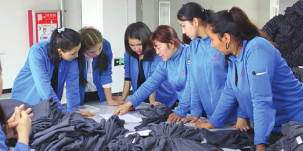 Preferential policies bring more employment opportunities to female residents in Xinjiang